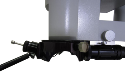 Universal Micromanipulator on a Zeiss microscope