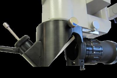 Microspot Micromanipulator on a Zeiss microscope